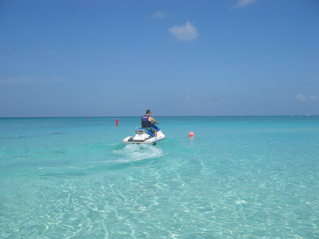 Activities in Grand Cayman beach