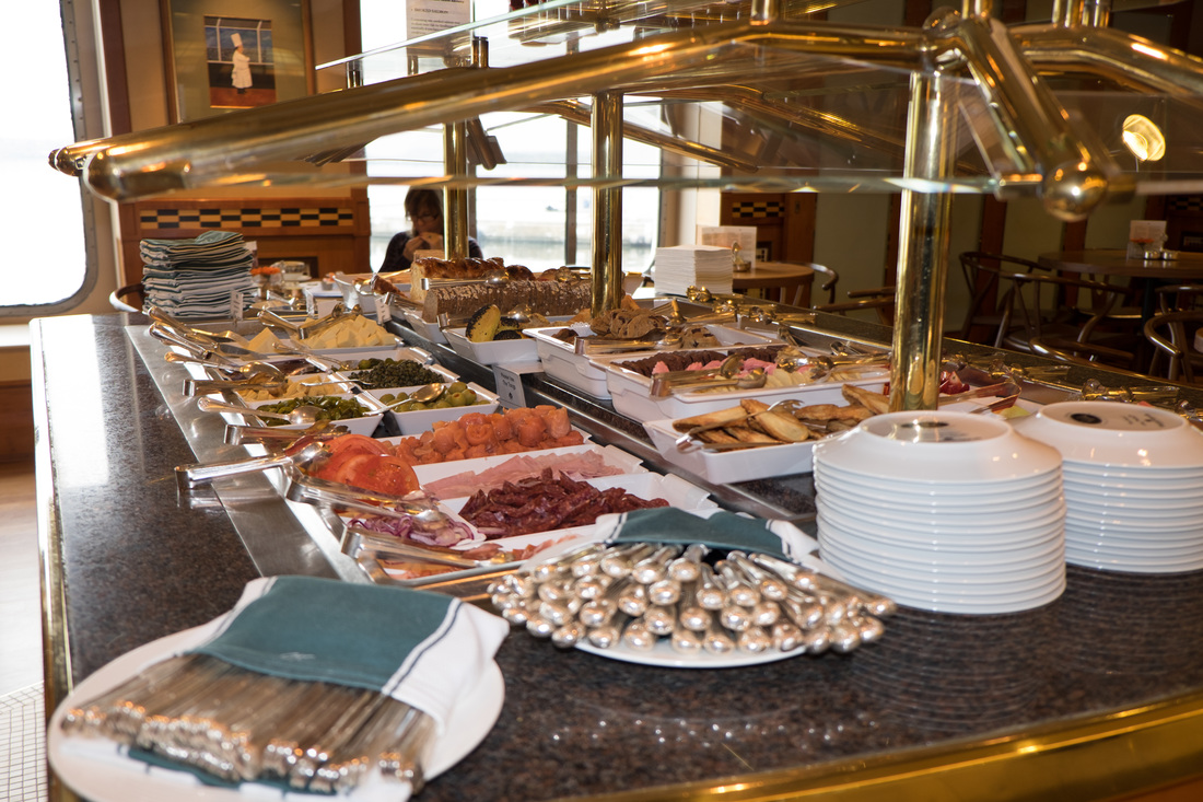 Bistro Buffet on Crystal Cruises
