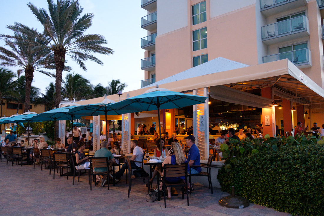 Outside Hollywood Beach Broadwalk Dining at Latitudes